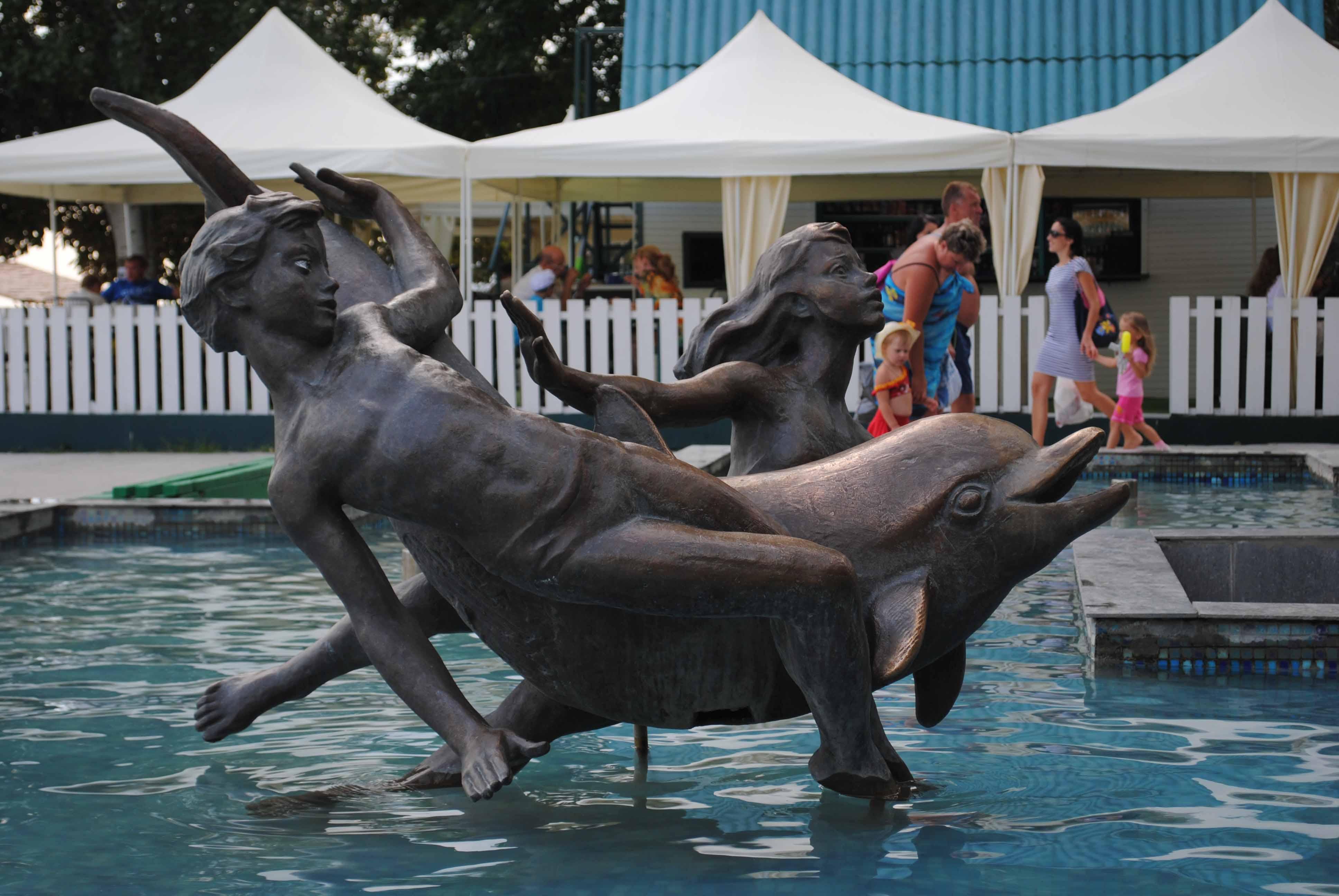 Бронзовая скульптура в Скадовске